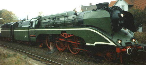 Steam Locomotives Coaling | Beautiful old steam locomotive ...